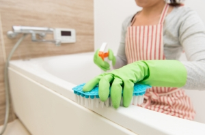 Keep your bathroom spotless with this homemade disinfectant.