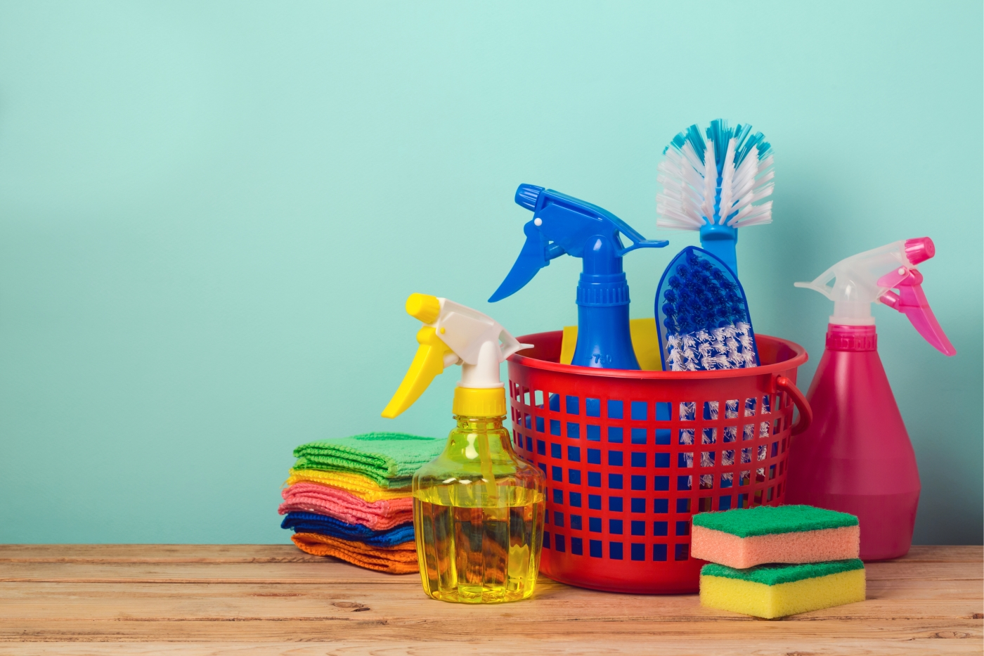 Cheap and easy to make, these homemade spring cleaning solutions will make your home look pristine!