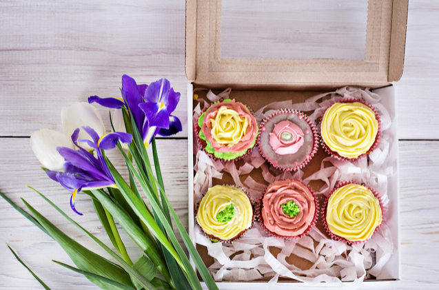 A bouquet of flowers and some cupcakes make an excellent inexpensive Mother's day gift.