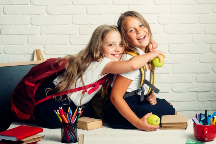 Check out our money-saving tips on back to school necessities you should always buy second hand!
