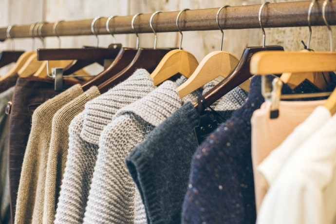 These are our top tips on how to get into slow fashion through online used goods marketplaces.